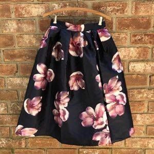 Chicwish peach blossom navy floral skirt -small